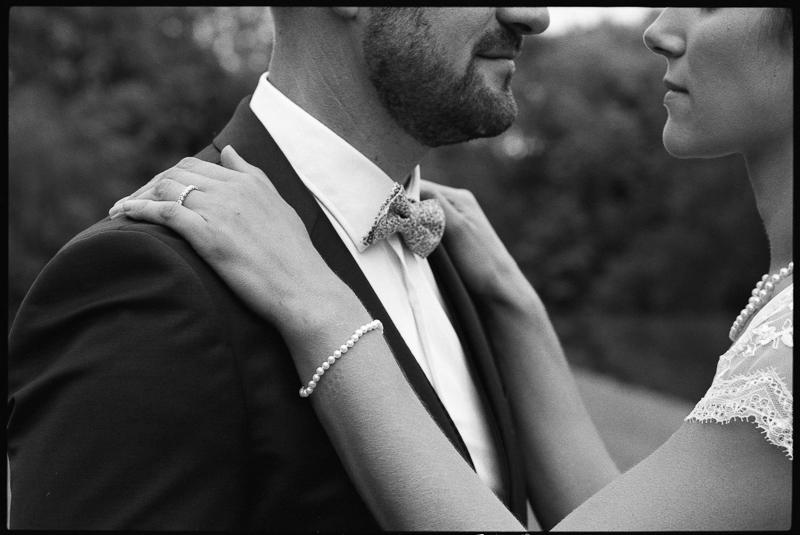 mariage photographie noir et blanc ancien parc du chateau