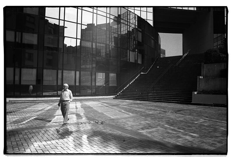 Cours photo de rue - Apprendre à shooter dans la rue en noir et blanc