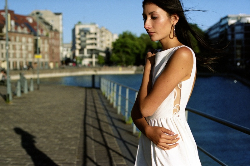 Modèle femme mode beauté à Lille