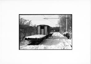 photographie argentique - tirage noir et blanc - wagon en bois