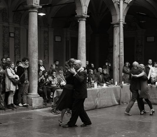 Tango argentin Sous les marroniers à Lille photo noir et blanc