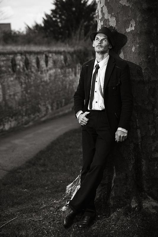 shooting photo comédien en noir et blanc