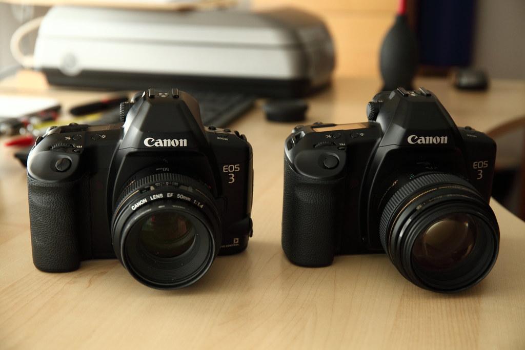 Matériel photo argentique Canon professionnels pour pellicules 35 mm