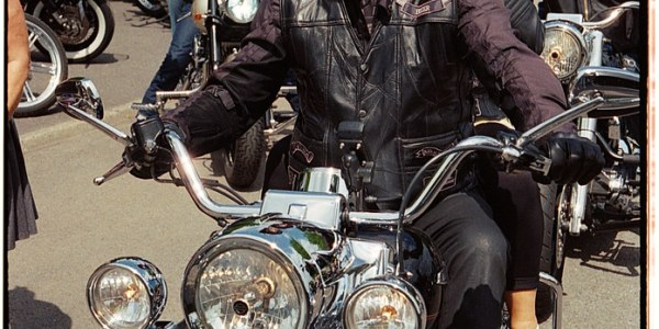 Motards et Harleys sur pellicule Kodak Pro Image