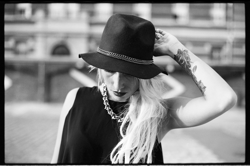 Photographe professionnel modèles photo book en argentique
