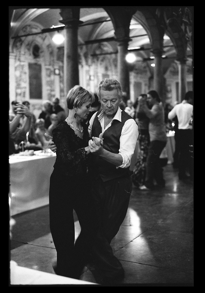 tango en noir et blanc argentique et vitesse lente à Lille