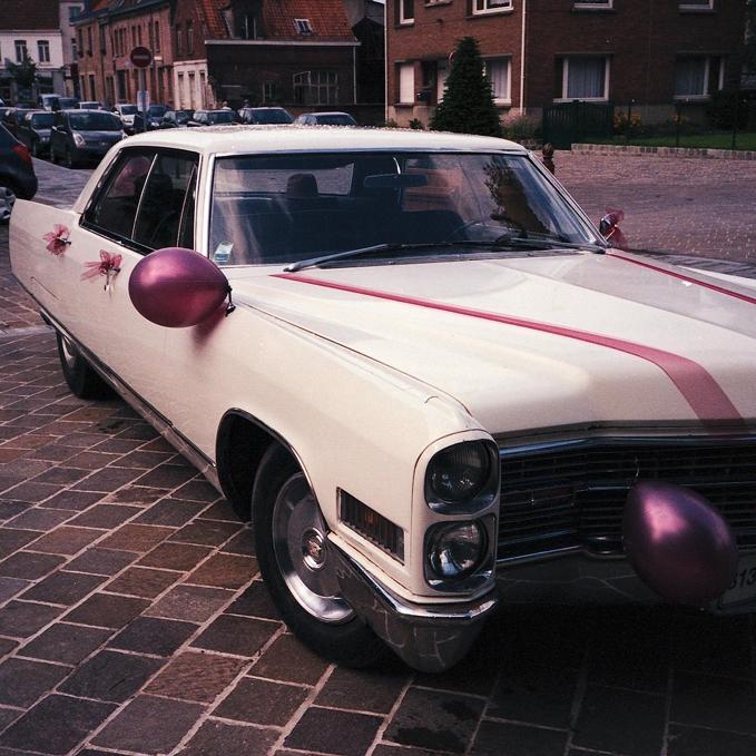 Pellicule couleur périmée Olympus MJU II pour la photographie de rue