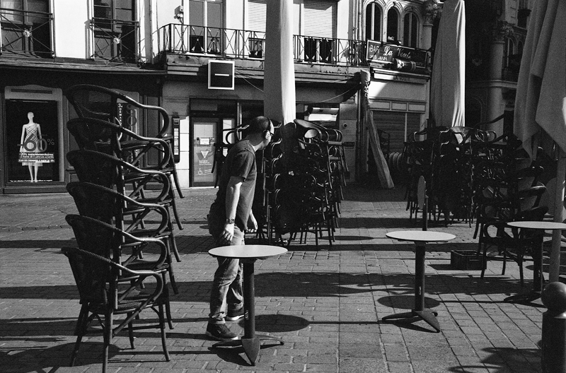 Ilford XP2 noir et blanc argentique 35 mm photo de rue