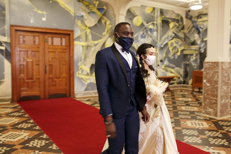 DES PHOTOS DE MARIAGE À LILLE EN 5 IMAGES AVEC LE CANON 35MM 1.4 L