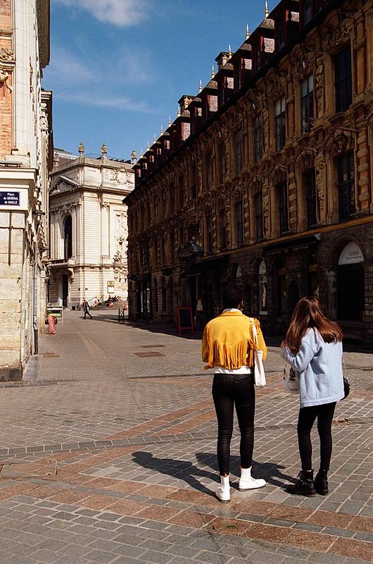 Photographe argentique de rue Lille pellicule couleur Kodak Gold 200 EOS 33